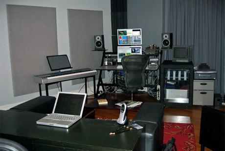2BruceStudio studio pic